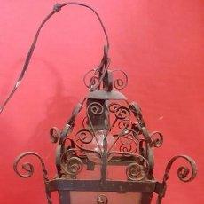 Antigüedades: FAROL DE TECHO EN METAL CON BONITAS FORMAS. . Lote 102002811