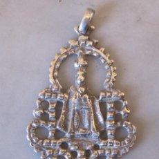 Antigüedades: GRAN MEDALLA DE PLATA VIRGEN DEL SAGRARIO DE TOLEDO. MODELO DEL S XVIII. Lote 102080407