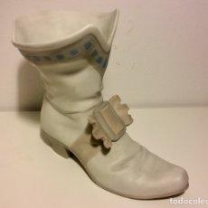 Antiquitäten - Antigua figura de bota en porcelana Nao, Lladró. - 102324486