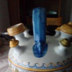 Antigüedades: ANTIGUO BOTIJO DE TALAVERA DE LA REINA DE 5 PITOS-NUEVO. Lote 102334723