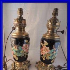 Antigüedades: QUINQUES LAMPARAS EN PORCELANA DECORADOS A MANO. Lote 102364199