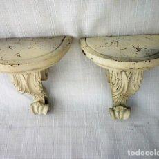 Antigüedades: PAREJA DE ANTIGUAS MENSULAS EN ESTUCO O ESCAYOLA. Lote 102414975