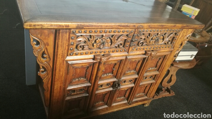 TAQUILLON DE MADERA DURA (Antigüedades - Muebles Antiguos - Aparadores Antiguos)