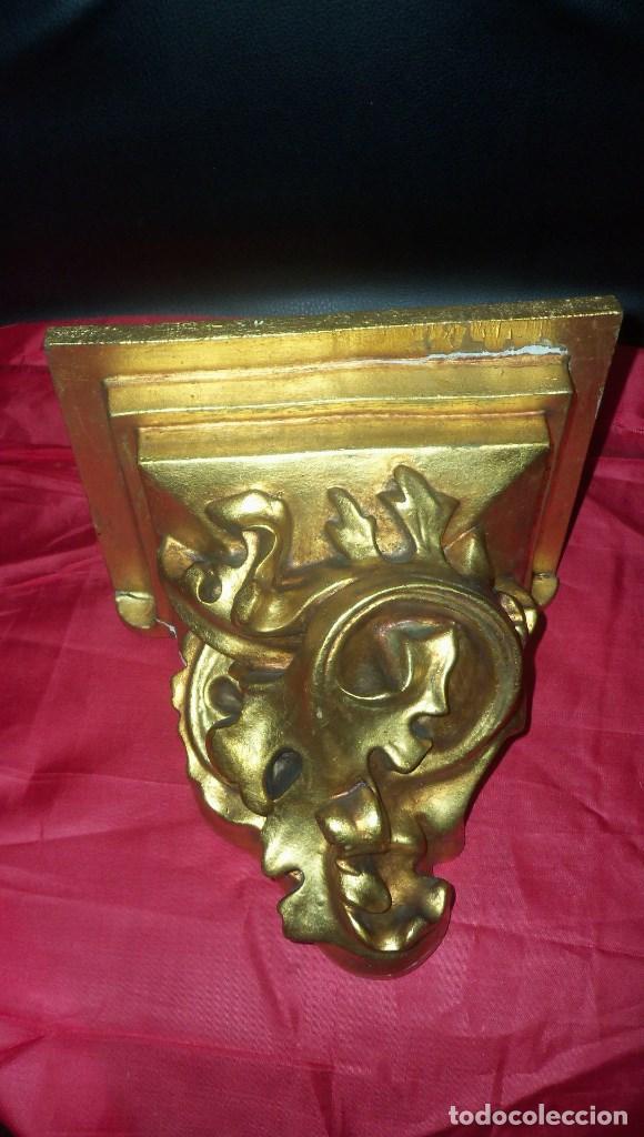 PEANA EN ESCAYOLA Y MADERA DORADA (Antigüedades - Religiosas - Orfebrería Antigua)