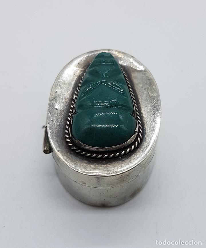 Antigüedades: Cofre antiguo en plata de ley punzonada con cabujon de jade tallado a mano, TULUM, MEXICO . - Foto 3 - 102443399
