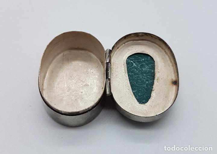 Antigüedades: Cofre antiguo en plata de ley punzonada con cabujon de jade tallado a mano, TULUM, MEXICO . - Foto 6 - 102443399