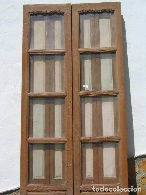 Antiguas Puertas Doble De Madera Para Exterior Con Contraventanas Que Doblan