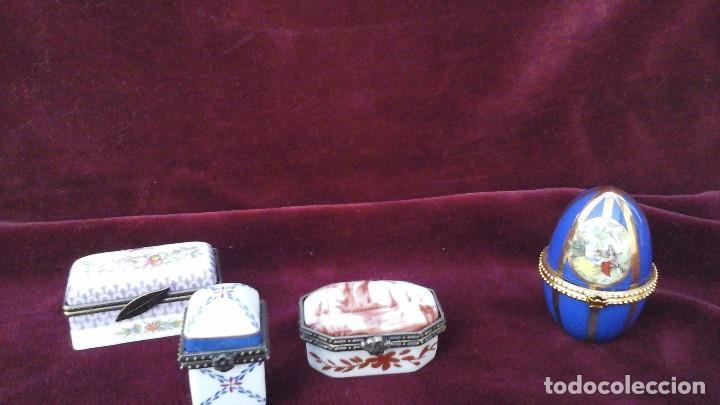 CUATRO CAJITAS EN PORCELANA FINA , ACTUALES (Antigüedades - Hogar y Decoración - Cajas Antiguas)