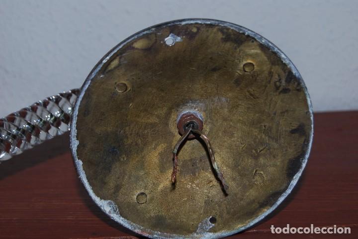 Antigüedades: PRECIOSO APLIQUE DE BRONCE CON BRAZO DE CRISTAL - LÁMPARA - AÑOS 40 - Foto 12 - 102586639