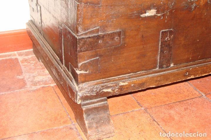 Antigüedades: Arcón de dos cerraduras - Siglo XIX - Foto 2 - 102624235