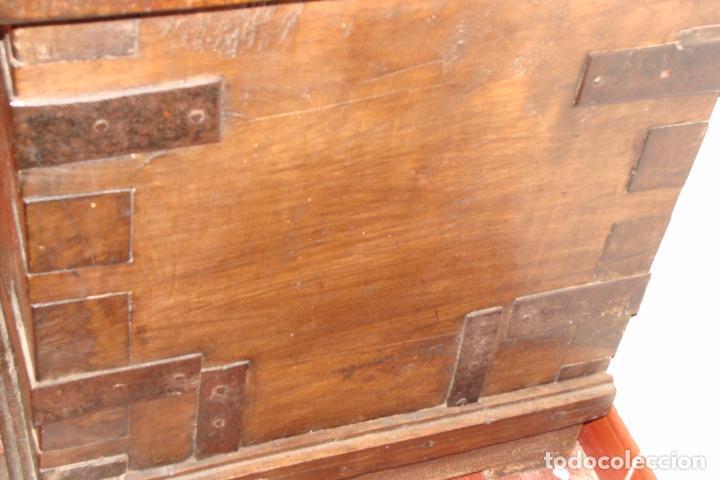 Antigüedades: Arcón de dos cerraduras - Siglo XIX - Foto 5 - 102624235