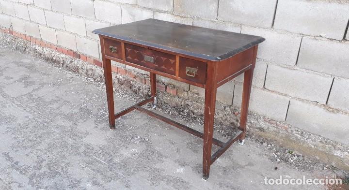 Antigüedades: Escritorio antiguo estilo modernista. Mesa taller antigua estilo rústico. Mesa stilo art decó. - Foto 4 - 102643647