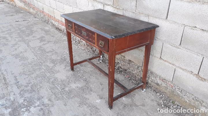 Antigüedades: Escritorio antiguo estilo modernista. Mesa taller antigua estilo rústico. Mesa stilo art decó. - Foto 5 - 102643647