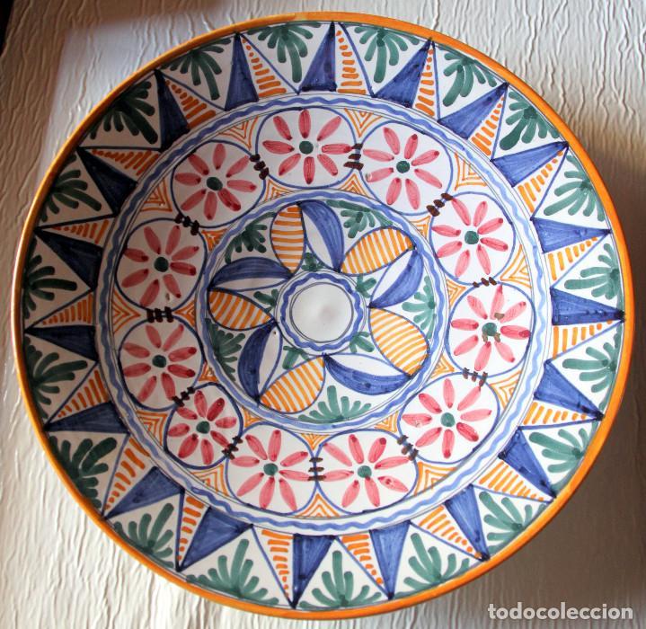 PLATO TOLEDO-TALAVERA: SANGUINO - 30 CM (Antigüedades - Porcelanas y Cerámicas - Talavera)
