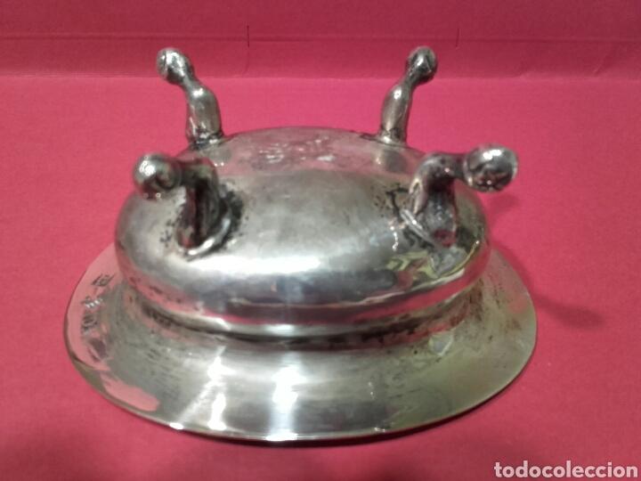 Antigüedades: SALERO DE PLATA SOBRE PATAS DE GARRA CON MARCAS SIGLO XIX - Foto 3 - 102674219