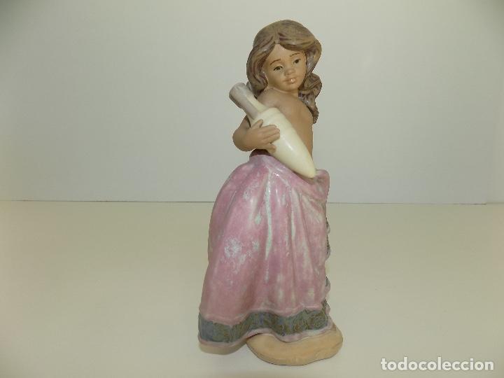 Antigüedades: Lladro: Aguadora Corintia (rosa). Escultor: Jose Puche. Caja Original, Nueva, a estrenar! - Foto 3 - 102702415