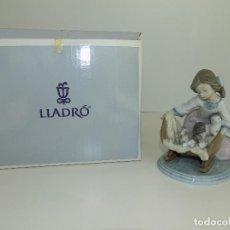 Antigüedades: LLADRO: MIS GATITOS EN LA CUNA. ESCULTOR: FRANCISCO POLOPE. CAJA ORIGINAL, NUEVA, A ESTRENAR!. Lote 102702651