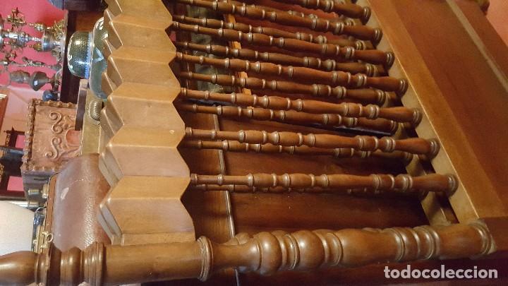 Antigüedades: Pareja de cabeceros de estilo gótico en madera. Para cama individual. - Foto 3 - 102731091