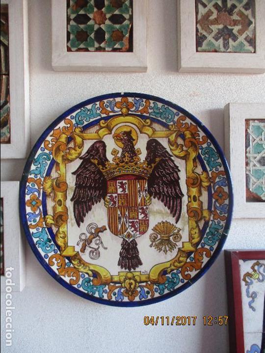 PLATO PINTADO VIGIL ESCALERA. RAMOS REJANO (Antigüedades - Porcelanas y Cerámicas - Triana)