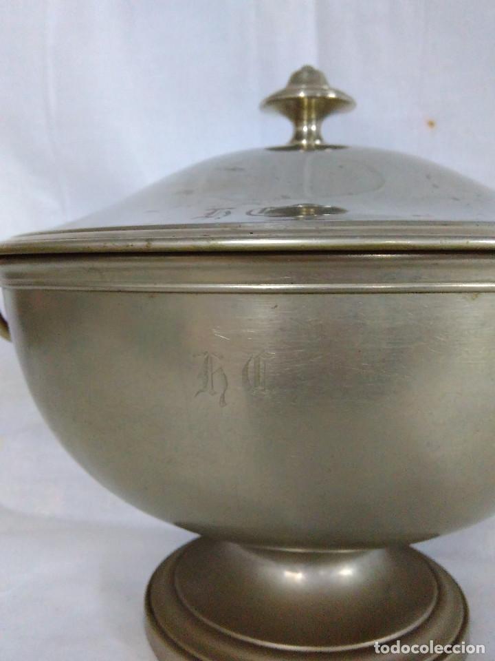 Antigüedades: Antigua fuente o sopera de metal plateado, de la marca Gombault. - Foto 3 - 102745155