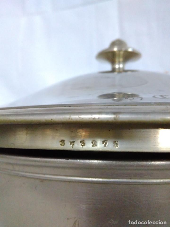 Antigüedades: Antigua fuente o sopera de metal plateado, de la marca Gombault. - Foto 5 - 102745155