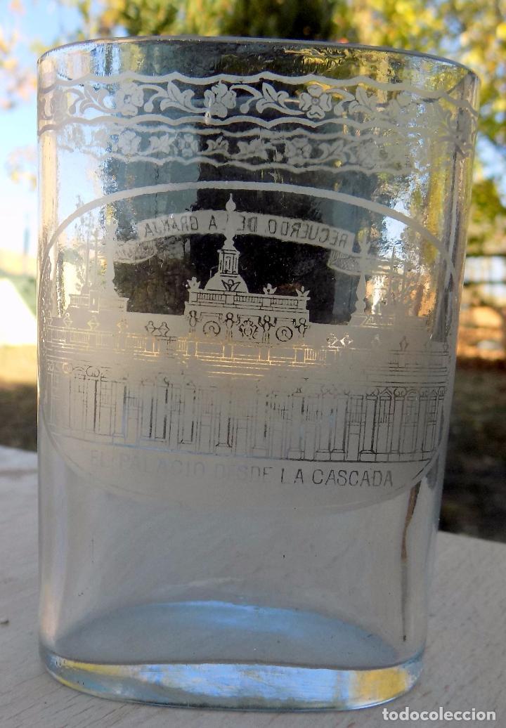 Antigüedades: vaso faltriquera, la granja, siglo XIX, recuerdo de la granja, el palacio de la cascada - Foto 2 - 102769679