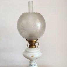 Antigüedades: ANTIGUO QUINQUÉ DE OPALINA PINTADO A MANO. Lote 102947820
