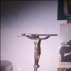 Antigüedades: CRUCIFIJO PLATA. CRUZ CRISTO. SELLADO CONTRASTE. Lote 102963727