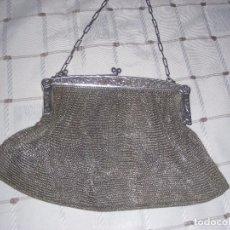 Antigüedades: BOLSO DE MALLA PLATEADO ANTIGUO. Lote 102977767