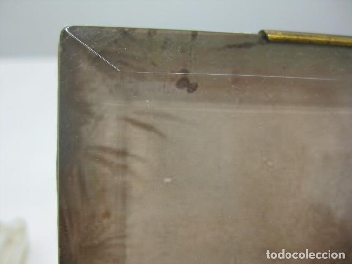 Antigüedades: GRAN PORTARETRATO 23 X 135 CMS GRUESO CRISTAL BISELADO 560 GRS. - Foto 4 - 103042039