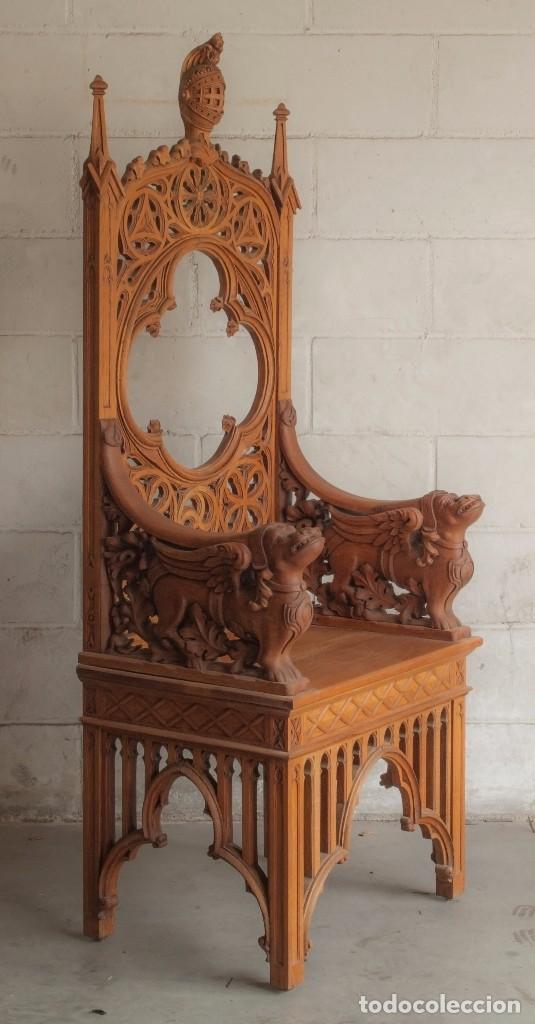 Antigüedades: Conjunto muebles compuesto de 6 sillas 2 butacas y una mesa de estilo neogótico alemán finales XIX - Foto 3 - 103048479