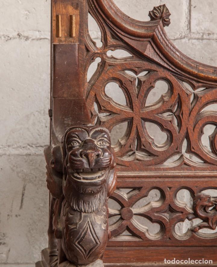 Antigüedades: Conjunto muebles compuesto de 6 sillas 2 butacas y una mesa de estilo neogótico alemán finales XIX - Foto 7 - 103048479