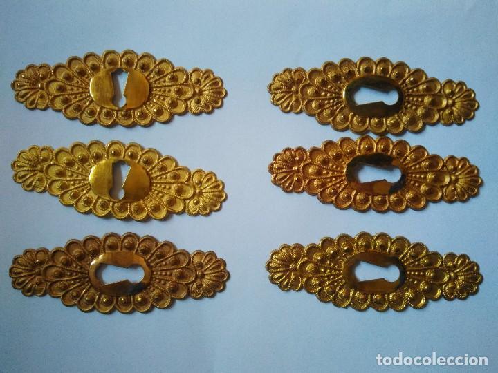 6 BOCALLAVES DE METAL DORADO. 8 CM DE LONGITUD. (Antigüedades - Varios)