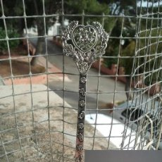 Antigüedades: PRECIOSA PEINETA DE PLATA TIBETANA. EN PERFECTO ESTADO DE CONSERVACION. REGALO MEDALLA. Lote 103210468