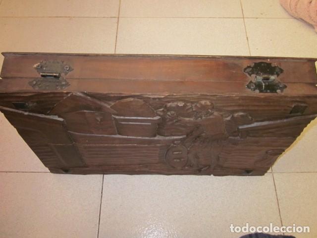 Antigüedades: talla de don quijote 50 x 30 x 7 ideal caja de madera - Foto 2 - 103263291