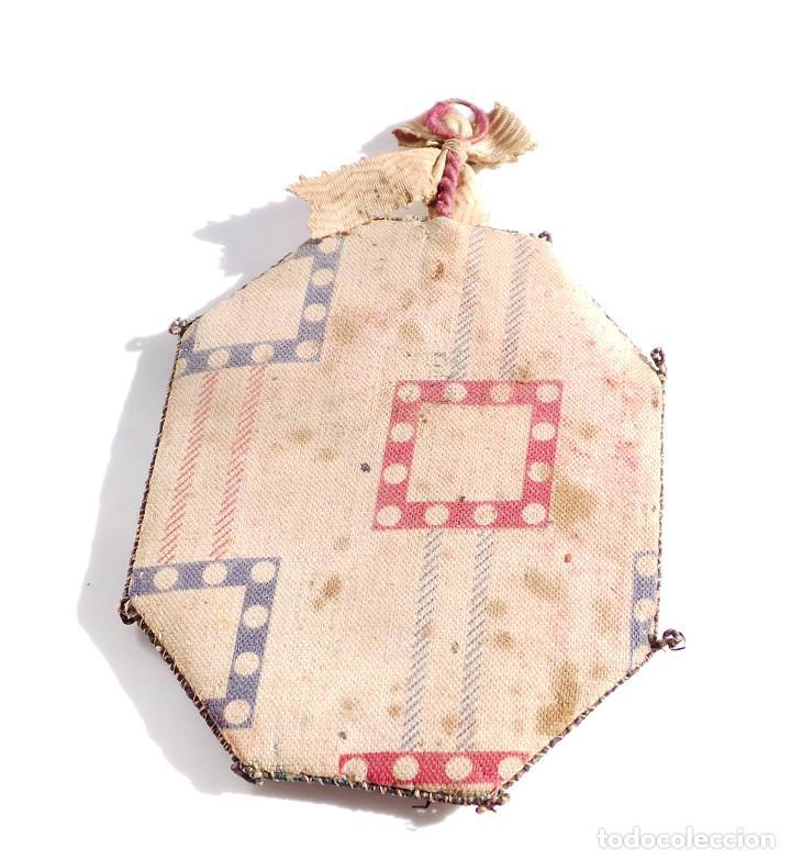 Antigüedades: RELICARIO DE NUESTRA SEÑORA DEL MONTE CARMELO 8,5 X 7 CM - Foto 3 - 103288607