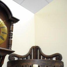 Antigüedades: ESTANTERÍA ANTIGUA RINCONERA O REPISA DE MADERA TALLADA. Lote 103304947