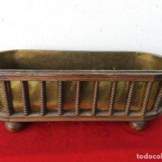 Antigüedades: MACETERO GRANDE DE MADERA Y METAL. Lote 103306667
