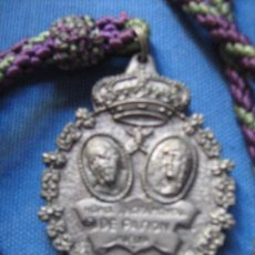 Antigüedades: SEMANA SANTA DE HUELVA - MEDALLA CON CORDON DE LA HERMANDAD SACRAMENTAL DE PASION. Lote 103309635