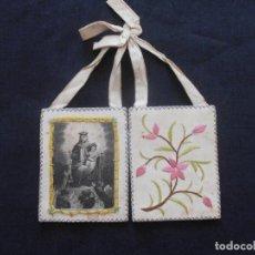 Antigüedades: ANTIGUO ESCAPULARIO DE LA VIRGEN DEL CARMEN Y BORDADO A MANO. Lote 103310651