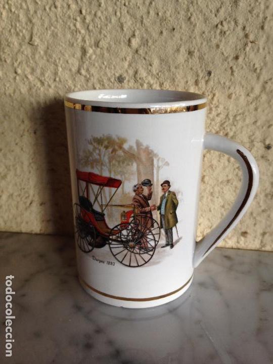 TAZA - COLECCIÓN - CON ESCENA COCHES ANTIGUOS , SELLADOS LA CARTUJA (Antigüedades - Porcelanas y Cerámicas - La Cartuja Pickman)