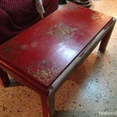 Antigüedades: ANTIGUA MESA DE CENTRO POLICROMADA. Lote 103342811