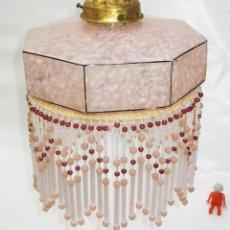 Antigüedades: VIP ! LAMPARA ANTIGUA PRINCES CIRCA 1900 DORADA Y TULIPA CRISTAL ROSA PASTEL MARMOLEADA Y CUENTAS. Lote 103361619