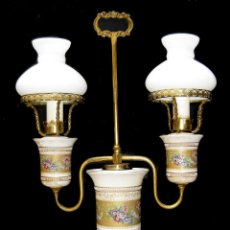 Antigüedades: ELEGANTE LAMPARA ANTIGUA FLORENTINA EN CERAMICA Y BRONCE DECORACION CLASICA. Lote 103363103