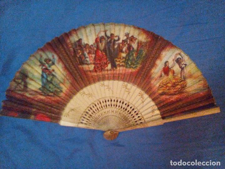 VENDO ABANICO AÑOS 50 MUY DECORATIVO PINTADO A MANO (Antigüedades - Moda - Abanicos Antiguos)
