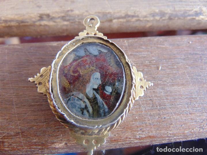 Antigüedades: ANTIGUO RELICARIO PINTADO A 2 CARAS SANTA CATALINA ?? SAN JUAN ?? PARECE PLATA DORADA - Foto 2 - 103443695