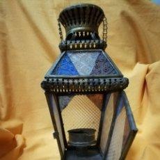 Antigüedades: AHORA 85€.DOS FAROLILLOS EN LATON CON CRISTALES TALLADOS DE DISTINTOS COLORES.. Lote 103448507
