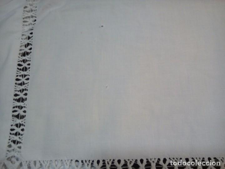 Antigüedades: * ANTIGUA SABANA DE HILO. 2,10M. (Rf:LL34/e) - Foto 3 - 103485271