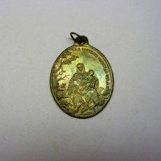 Antigüedades: MEDALLA RELIGIOSA ANTIGUA SIGLO XIX. SAN FRANCISCO DE ASIS Y DIVINA PASTORA.. Lote 103488248