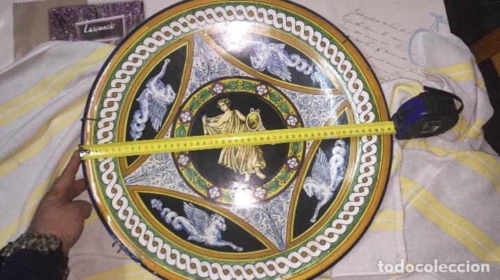 PLATO ANTIGUO GRANDE DE PORCELANA (Antigüedades - Porcelanas y Cerámicas - Otras)